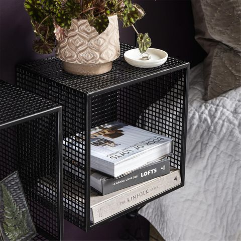 etag re murale en m tal grillag noir wire nordal decoclico. Black Bedroom Furniture Sets. Home Design Ideas