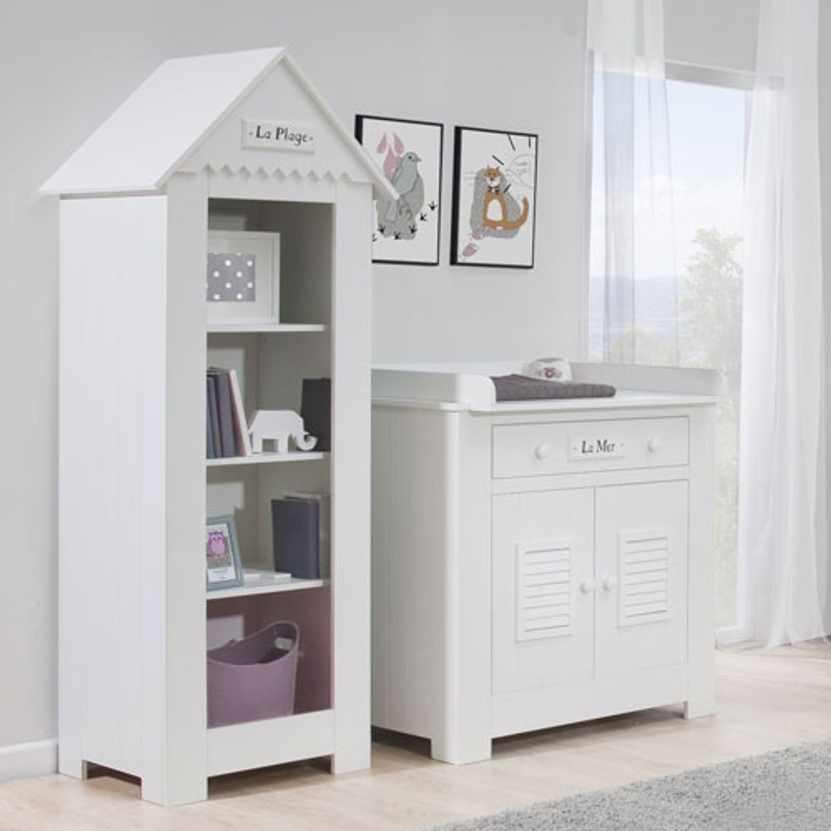 biblioth que enfant cabine de plage en bois blanc 3. Black Bedroom Furniture Sets. Home Design Ideas